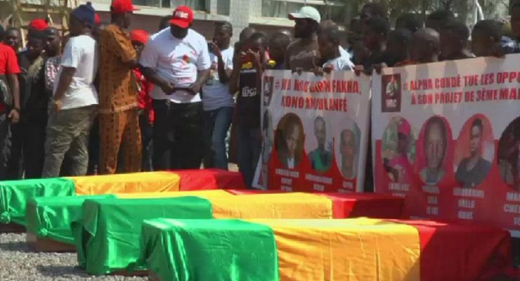 Guinea opposition burying its victims