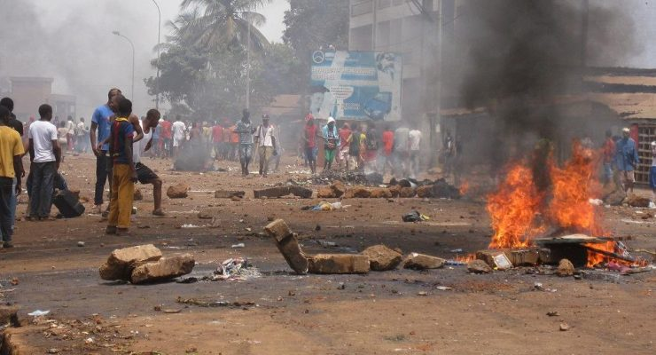 Guinea opposition suspends anti-Condé protests
